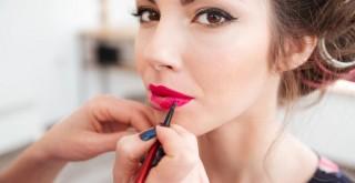 Bloggers y vloggers de belleza, una estrategia infalible para el mercado cosmético